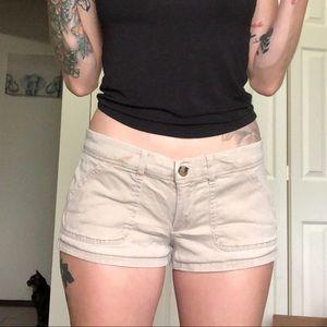 ⭐️OBO⭐️  Khaki Hollister shorts